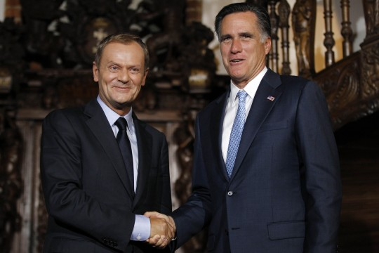 Mitt Romney, Donald Tusk / AP