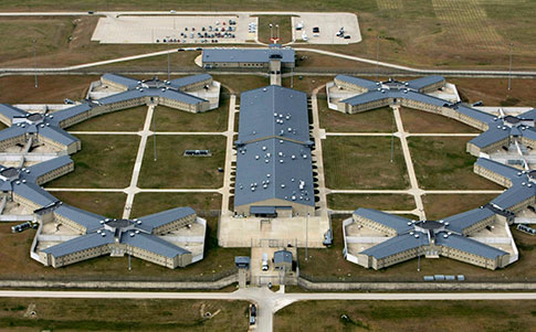 Thomson Correctional Center (AP Images)