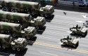 Chinese vehicles armed with Dongfeng 31A missile / AP