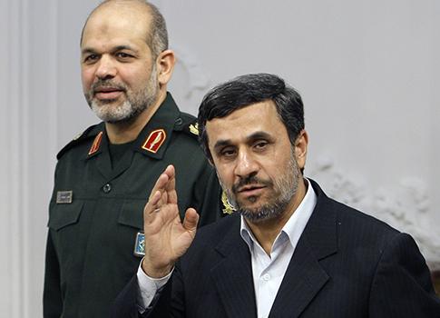 Ahmad Vahidi,  Mahmoud Ahmadinejad / AP