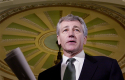 Sen. Hagel March 27, 2001 / AP