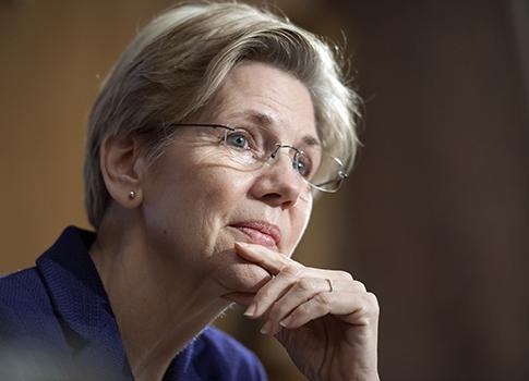 Elizabeth Warren / AP