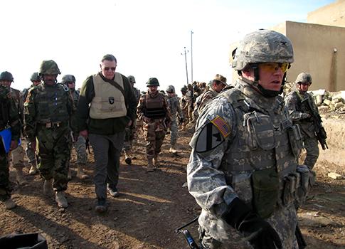 Gen. Jack Keane in Iraq in 2007 / AP