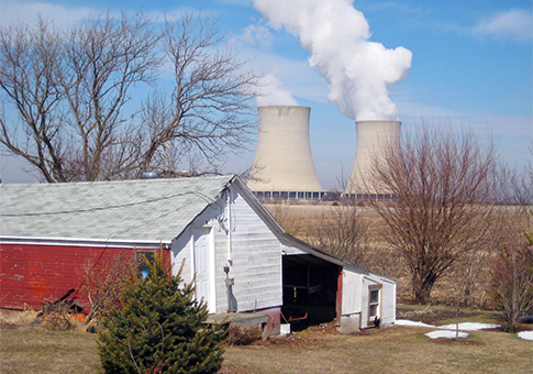 Exelon Corp.'s nuclear plant in Byron, Ill. / AP