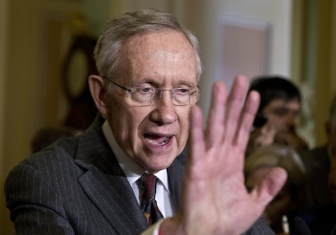 Cancer skeptic Harry Reid lashes out (AP)