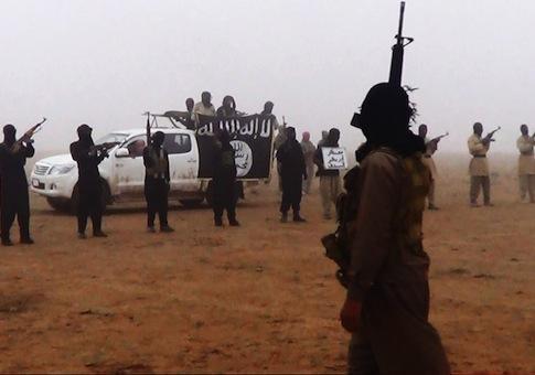 Al Qaeda linked group on Syria-Iraq border / AP