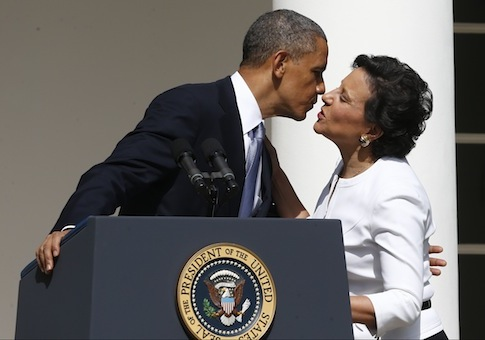 Barack Obama, Penny Pritzker / AP