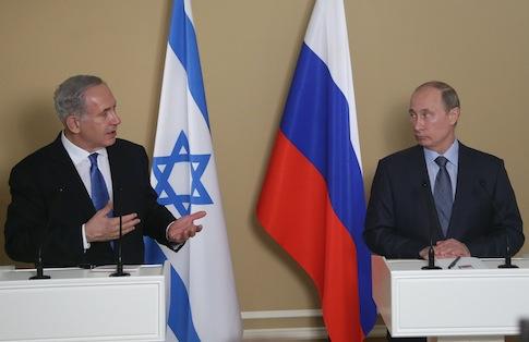 Benjamin Netanyahu, Vladimir Putin / AP