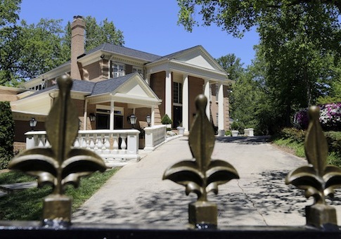 House being investigated in human trafficking probe in McLean, Va., owned by government of Saudi Arabia on May 2, 2013 / AP