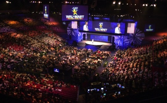 2003 Walmart shareholder meeting / AP