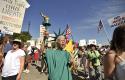 Tea Party protest / AP
