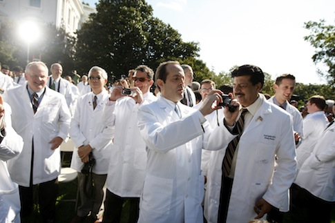 Doctors in the Rose Garden / AP