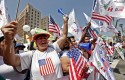 Immigration march in Los Angeles / AP
