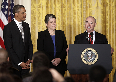 Obama, Napolitano, Mayorkas / AP