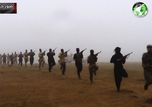 Photo of Islamist militants in Iraq and Syria border / AP