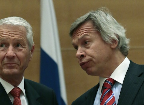 Alexey Pushkov (right) with the secretary general of the Council of Europe Thorbjoern Jagland / AP
