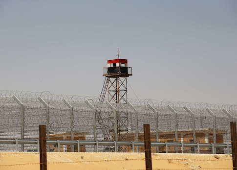 A guard tower at the Egyptian border with Sinai / AP