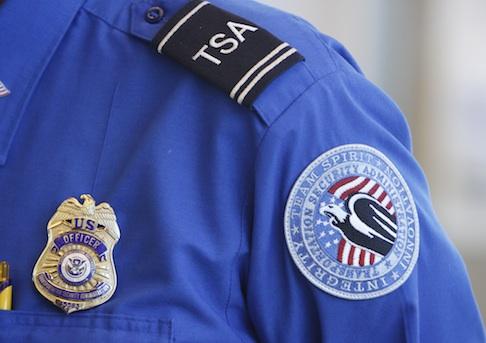 Republicans Say TSA Agents Are Impersonating Cops, Shouldn't Be ...