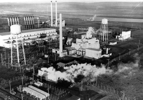 Hanford nuclear reservation's B Reactor near Richland, Wash. in the mid-1940s / AP