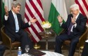 Secretary of State John Kerry, left, meets with Palestinian Authority President Mahmoud Abbas  / AP