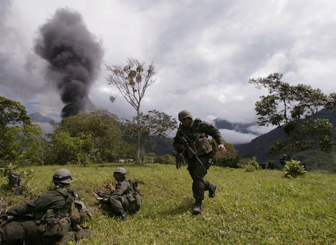 Anti-narcotics police in Colombia / AP