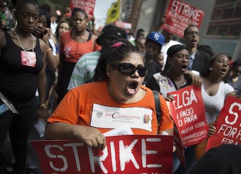 Pro-union protestors / AP