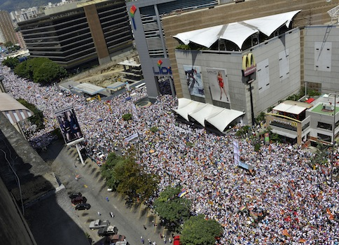 Anti-government protestors  in Caracas, Venezuela / AP