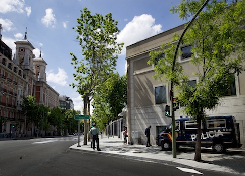 Spanish civil guard and police officers guard the U.S. embassy in Madrid