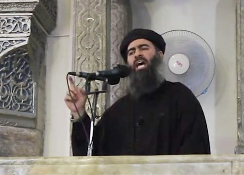 Abu Bakr al-Baghdadi speaking at the Mosul mosque / AP