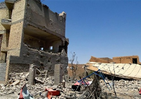 damaged homes due to clashes between fighters of ISIL and Iraqi security forces