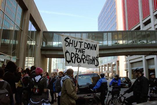 Hey, NOT ALL corporations are economic traitors! (flickr user Kendra Kellogg)