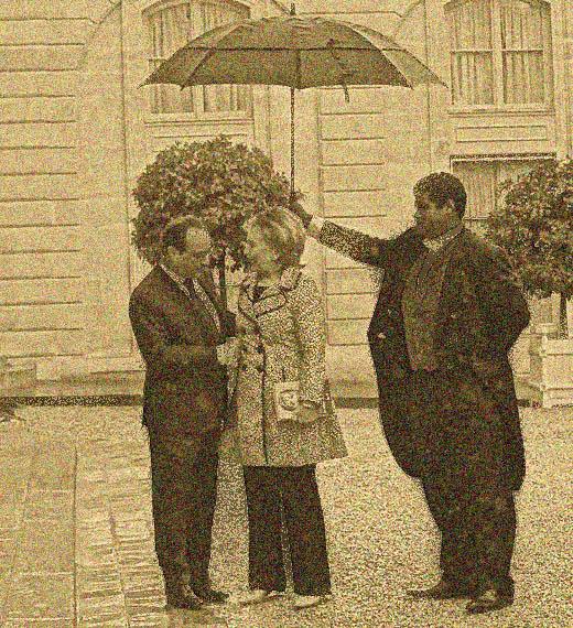 Hillary Clinton enjoys the Gilded Age lifestyle. (AP)