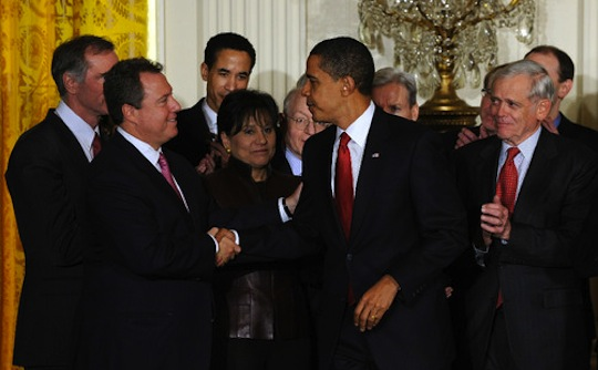 This image of Wolf with Obama is featured on 32advisors.com