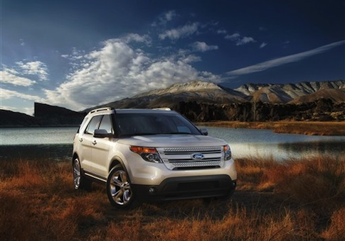2013 Ford Explorer / AP