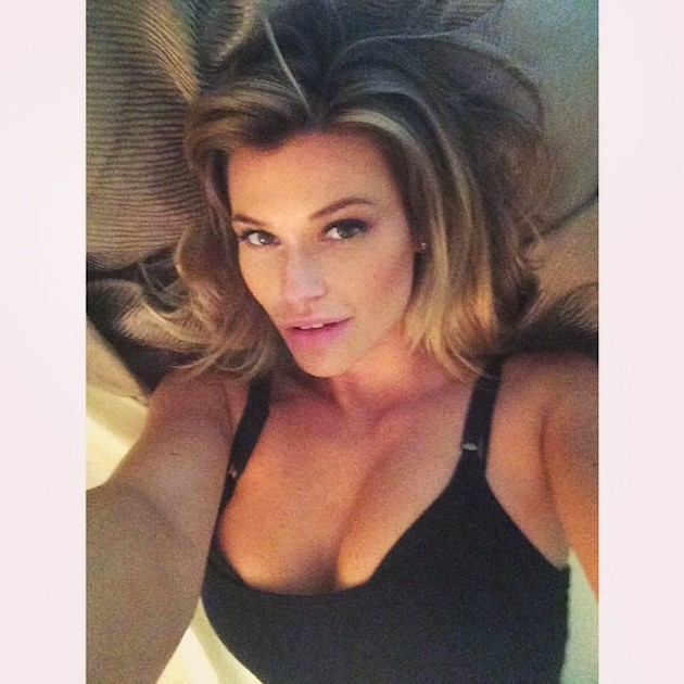 Samantha Hoopes Instagram