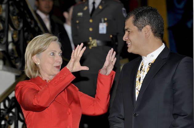 Hillary Clinton, Rafael Correa