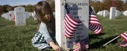 Grave of Elite Navy SEAL member Aaron Carson Vaughn in Arlington National Cemetery / AP