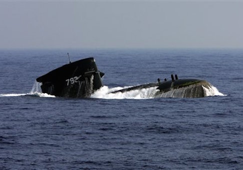Taiwanese navy's Netherlands-built Sea Dragon submarine surfaces during exercises, Wednesday, Sept. 12, 2007