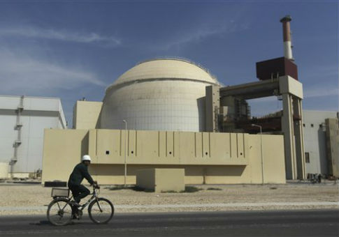 Nuclear power plant near  Bushehr, Iran / AP