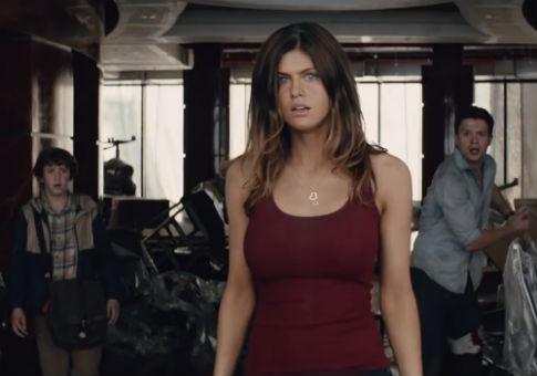 Alexandra Daddario in 'San Andreas.'
