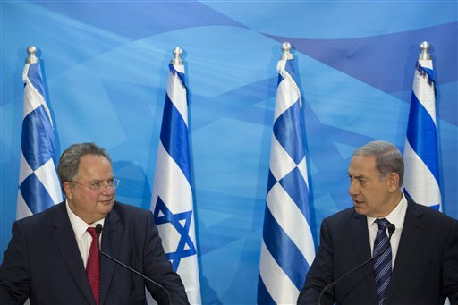 Nikos Kotzias meets with Benjamin Netanyahu / AP