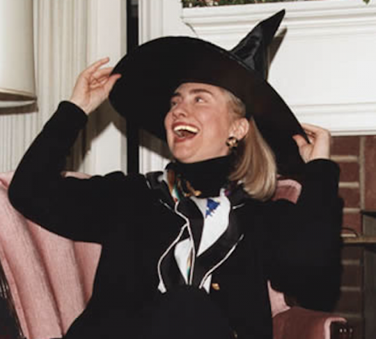 http://freebeacon.com/wp-content/uploads/2015/10/HillaryWitchCostume-540x486.png