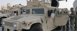 U.S. armored Humvees arrive in Ukraine / AP