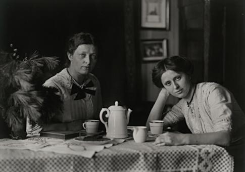 Small-town Women, circa 1913