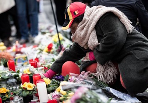 A memorial for victims of the Brussels attacks / AP
