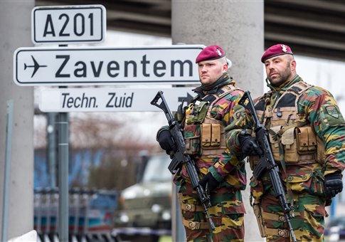 Belgian Army soldiers patrol Brussels Airport / AP