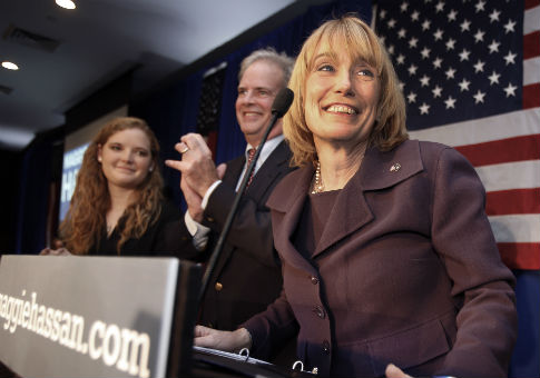 Maggie Hassan with husband Tom Hassan / AP