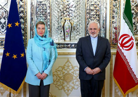 EU foreign policy chief Federica Mogherini and Iranian foreign minister Javad Zarif. / AP