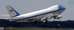 Air Force One takes off from Andrews Air Force Base, Md. / Wikimedia Commons
