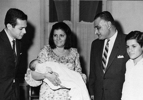 Israeli spy Ashraf Marwan, left, with Egyptian president Gamal Abdel Nasser and family / AP